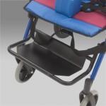 Кресло-коляска механическая H 032 для детей с ДЦП со съемным столом и пневмоколесами