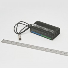 Зарядное уcтройство универсальное для аккумуляторов-мод. PF2405L к креслу-коляске FS111A